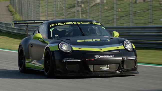 Porsche Cup Fahrzeug Rennsport/Racing auf der Rennstrecke – SSR Performance